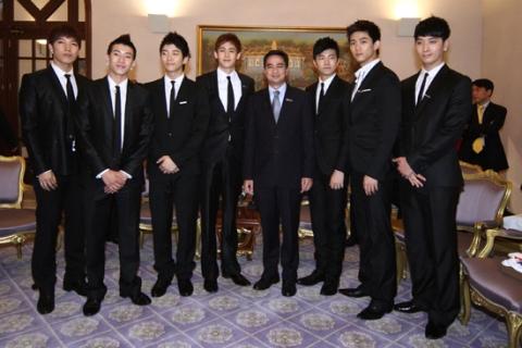 2PM_thai1